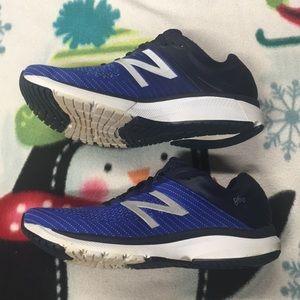 Mens New Balance 860 V10 Sneakers